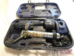 LINCOLN 18V Battery-Powered Grease Gun